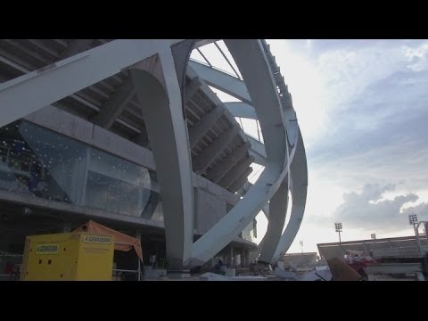World Cup construction worker dies after falling from the Arena da Amazonia stadium