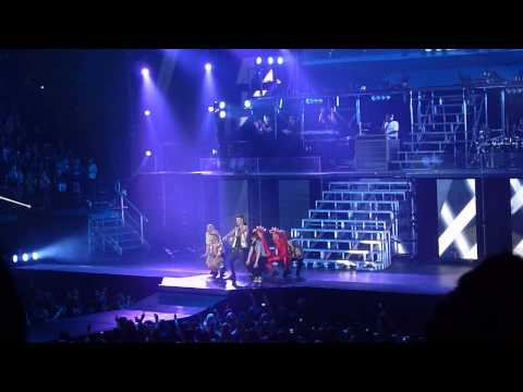 HD Videos From Justin Bieber's Houston 'Believe' Tour Concert!