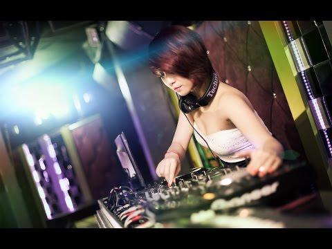 Cơn mưa ngang qua Remix - DJ Tiến Phoenix