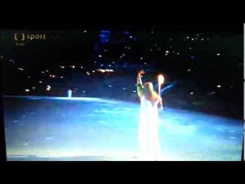 Maria Sharapova přinesla olympijský oheň