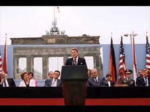 essay reagan gorbachev 1988 speech Mikhail gorbachev's 1988 un speech if the pace of improving us soviet relations seemed rapid, mikhail gorbachev's speech to the united nations general assembly would shift the review his speech and answer in essay form the.