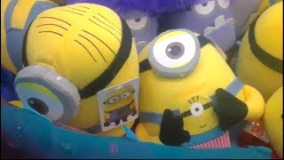 Despicable Me 2 Complete Collection From One Claw Machine!!!