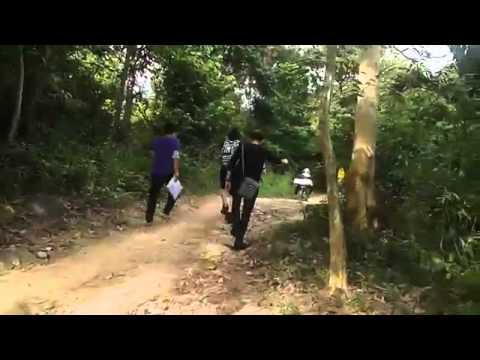 Khởi My,Kelvin Khánh cùng leo núi