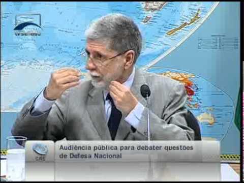 Min. da Defesa Celso Amorim ressalta  a  importância em ter uma estratégia nacional de defesa