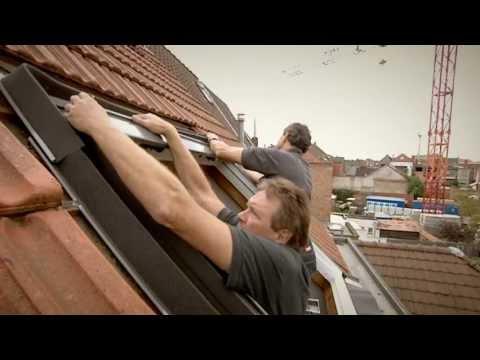 remplacement d 39 une ancienne fen tre de toit velux youtube. Black Bedroom Furniture Sets. Home Design Ideas