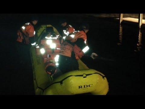 Coast Guard Rescues Stranded Boat With the Help of a 12-Year-Old Girl