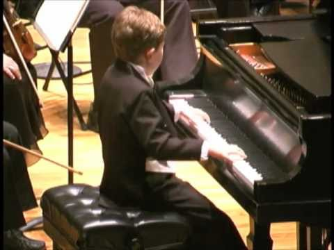 Gavin M. George (7) Chopin Waltz in E Minor, encore