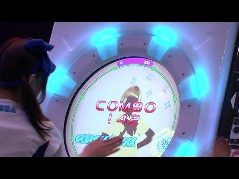 円形タッチスクリーン採用の新コンセプトのリズムゲーム「maimai」 #DigInfo