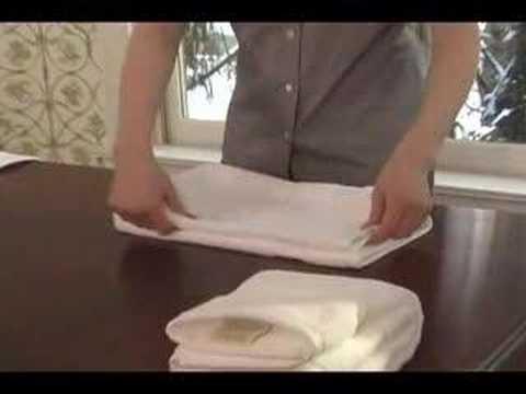 towel folding youtube. Black Bedroom Furniture Sets. Home Design Ideas