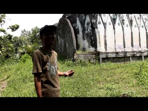 Giant Chicken Church Gereja Ayam di Magelang part 1