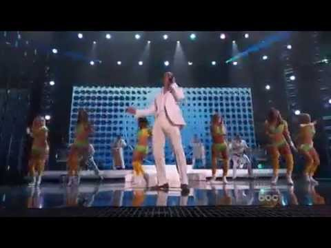''WE ARE ONE(OLE OLA) LIVE PITBULL FT JENNIFER LOPEZ $ CLAUDIA LEITTE