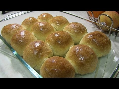 Homemade Indian Pav or Dinner Rolls Recipe Video by Bhavna
