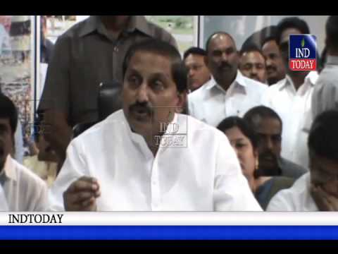 AP CM Kiran Kumar Reddy resigns, quits Congress