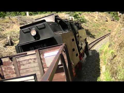 Schwere Bergfahrt mit Dampflok 99 7245 im Harz