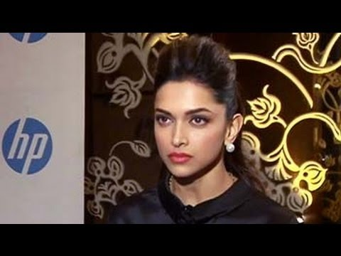 Cell Guru: Deepika Padukone talks about the HP Slate 6 VoiceTab