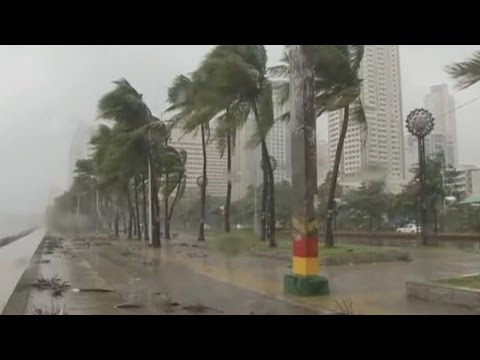 Thousands evacuated as Typhoon Rammasun batters central Philippines