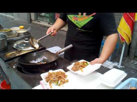 Le maître de la street food à Shangaï