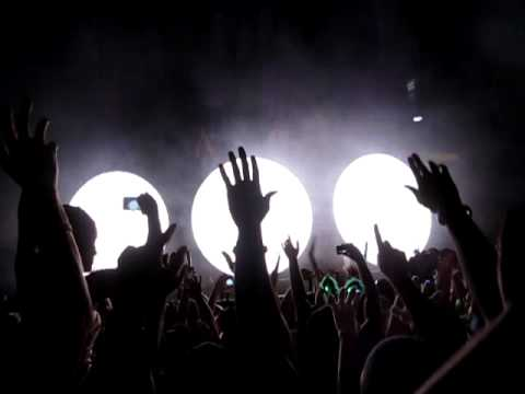 "SWEDISH HOUSE MAFIA ""Greyhound"" Masquerade Motel Miami 2012 Opener"