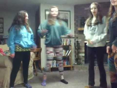 Hot 8th Grade Girls Twerking