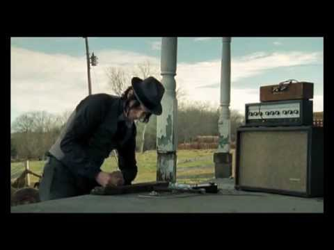 Who says you need to buy a guitar ?, extrait de It Might Get Loud (2008)