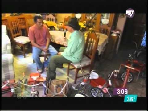 Coleccionista triciclos y juguetes metalicos antiguos en Saltillo Coahuila