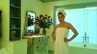 Alyssa Milano Old Spice Response WATCH Her Issue Oil Spill Challenge (VIDEO).flv view on youtube.com tube online.