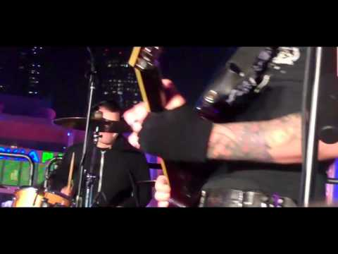 Franki Doll and the Broken Toys-L.A. KINGS live Music