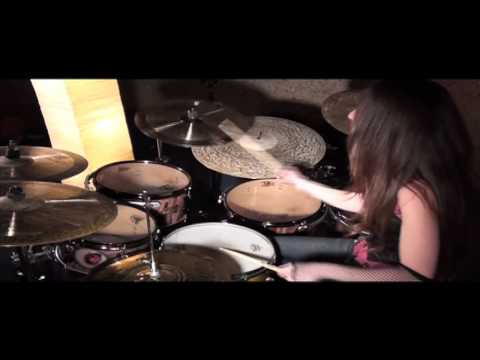PARAMORE – MISERY BUSINESS – DRUM COVER BY MEYTAL COHEN