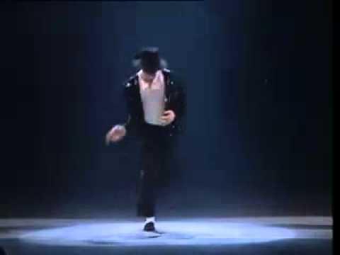 Xem video clip Những bước nhảy đi vào huyền thoại của Michael Jackson   Video hấp dẫn   Clip hot   Baamboo com