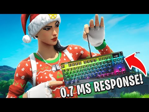 Trying out the FASTEST Keyboard in Fortnite!