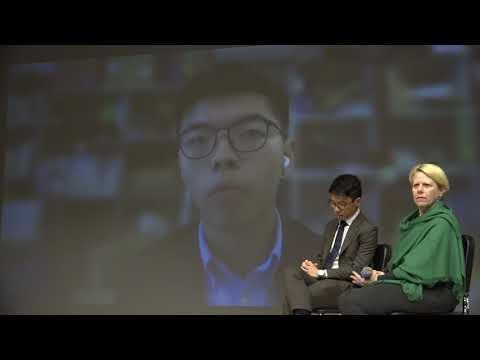 罗冠聪黄之锋美校园演讲 数十名中国学生抗议