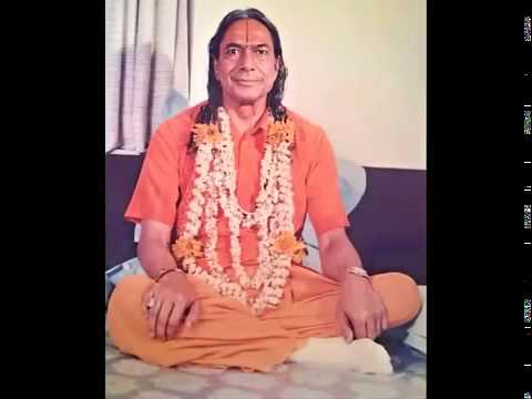 Jagadguru Shri Kripaluji Maharaj-   A Glimpse Of The Past