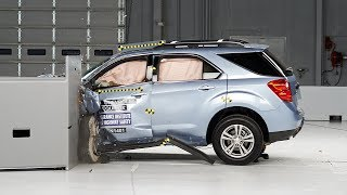 2014 Chevrolet Equinox Small Overlap IIHS Crash Test
