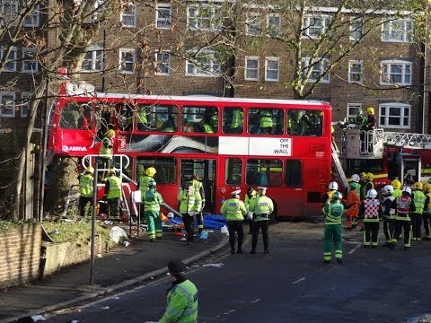 Kennington London Bus Crash 20-12- 2013 - The Aftermath