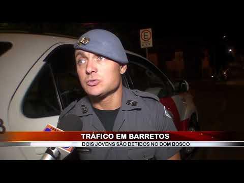 20/12/2018 - Dois são presos por tráfico de drogas no Bairro Dom Bosco em Barretos