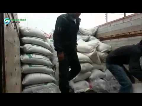 Distribution of food aid in Homs (Dec 2013)