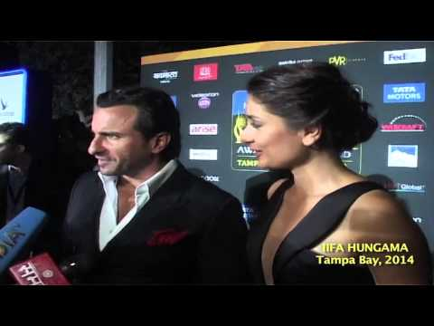 Saif Ali Khan And Kareena Kapoor At Red Carpet Of IIFA Awards, Tampa Bay