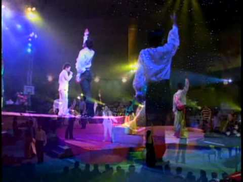 Nhat Son LIVE SHOW 09   Van no cuoc doi REMIX) 100MB
