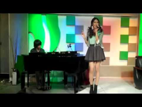 Kevin aprilio &amp; Princess Alika @JakTV (Jangan Pegi) Acoustik