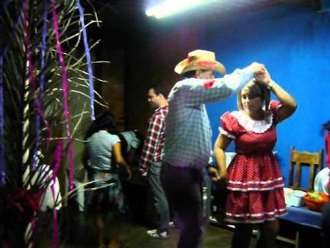FESTA JUNINA E CHÁ DE FRALDA 2012