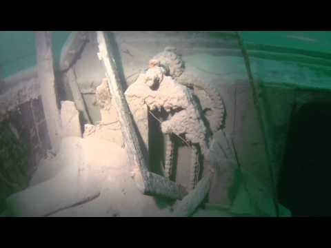 Tauchplatz Lediwracks im Walensee, Schweiz. Zwei Wracks die sehr nahe zusammen in 33 Metern Tiefe liegen und auch vom Ufer aus erreichbar sind.