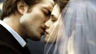 The Twilight Saga : Breaking Dawn Story/trailer (fanmade
