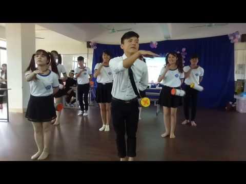 Nhảy dân vũ trống cơm cực hài và đáng yêu - Sinh viên k54 ĐHGD Tiểu học.