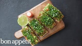 How to Make Spicy Tuna Tartare on Avocado Toast