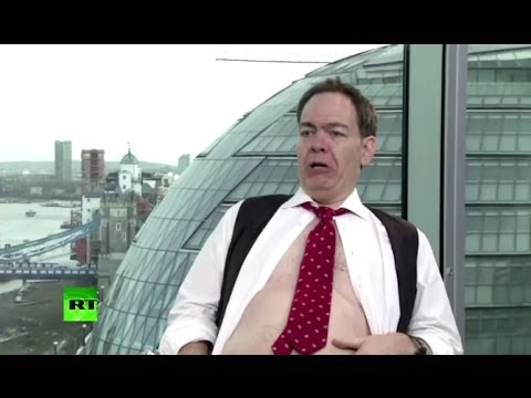 'Big fat pigs!' Max Keiser impersonates David Cameron & George Osborne