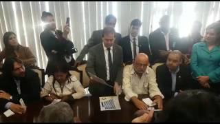 Deputado Paulinho da Força conversa com senador Renan Calheiros