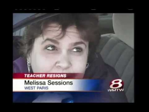 Teacher quits Job - nacked photo on Facebook