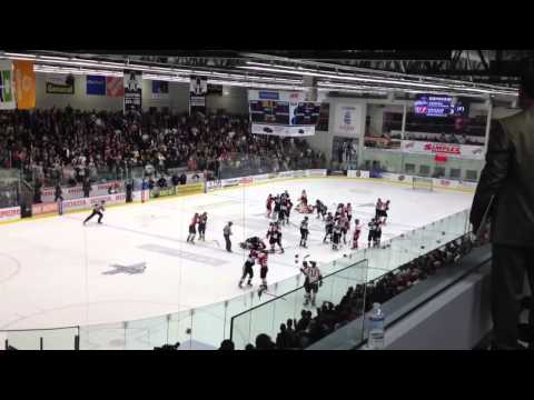 Blainville-Boisbriand/Baie-Comeau full post game brawl 4/24