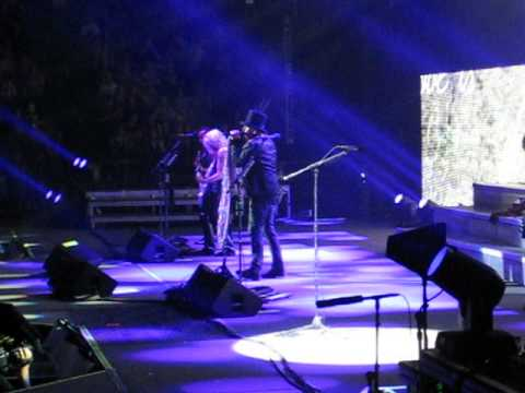 Def Leppard - Love Bites - Live in Denver 6.25.2014