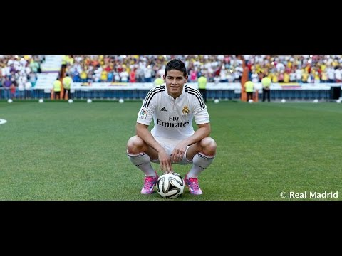 James Rodríguez steps onto the pitch of the Santiago Bernabéu